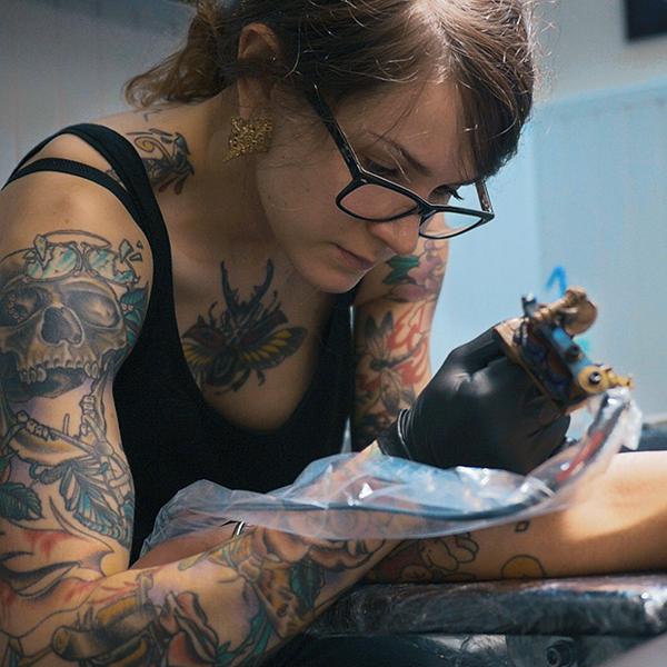 Tattoo Ride in my world Guicho Tatouages La Rochelle